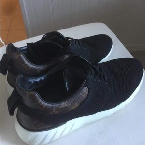 Louis  Vuitton Fast Lane  Monogram Sneaker